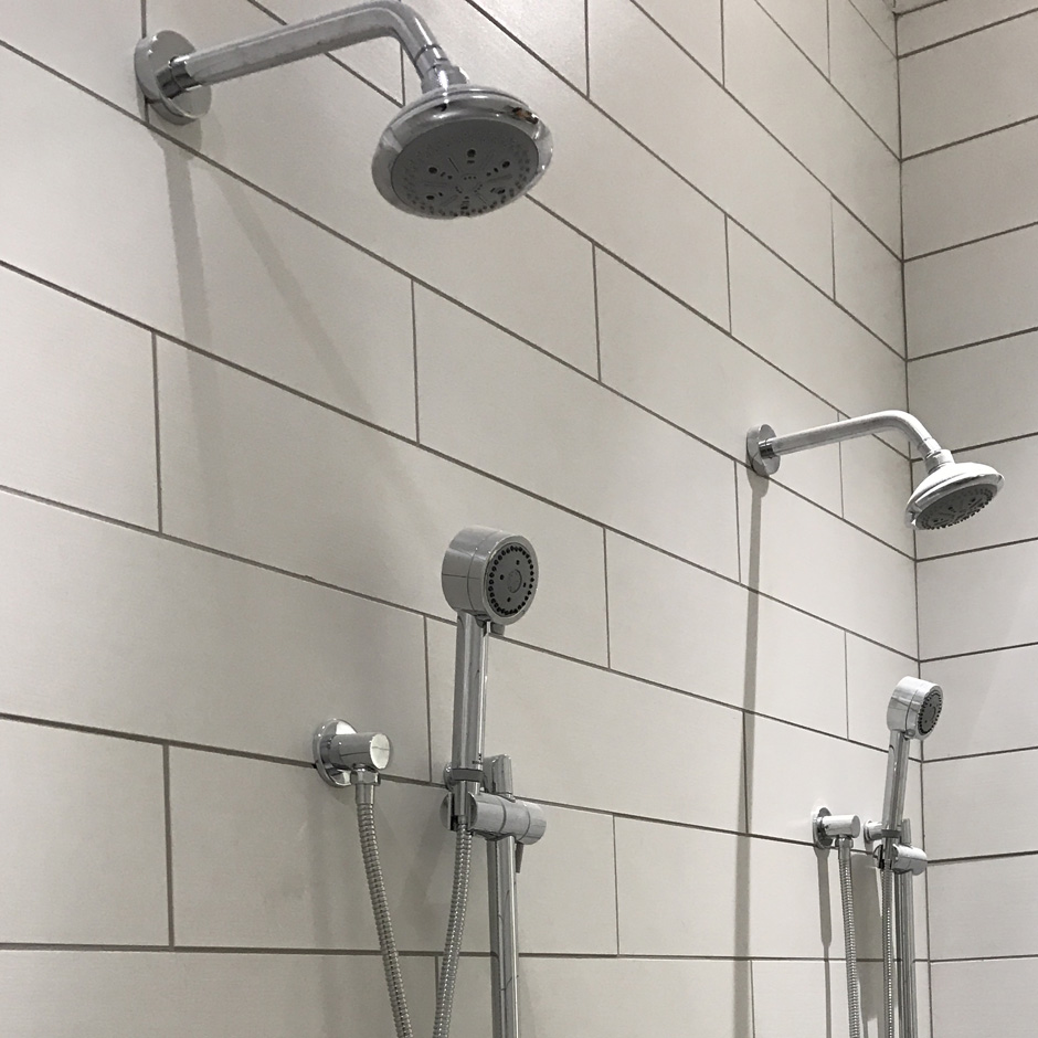 Atlanta Soccer Field Training. Embrace shower head 0592, Minimal rail 0170 with Arch hand-shower 273.